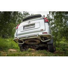 Бампер РИФ задний Toyota Land Cruiser Prado 150 c квадратом под фаркоп